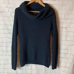 Banana Republic Navy Crowl Neck Sweater Size M